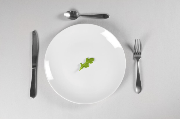 Empty-Plate-resized-600.png